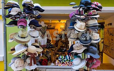 Hats in Skradin