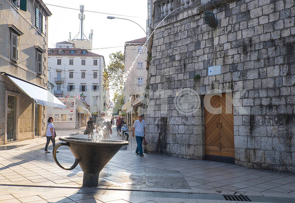 Monument to Kukish in Split — Image 74596