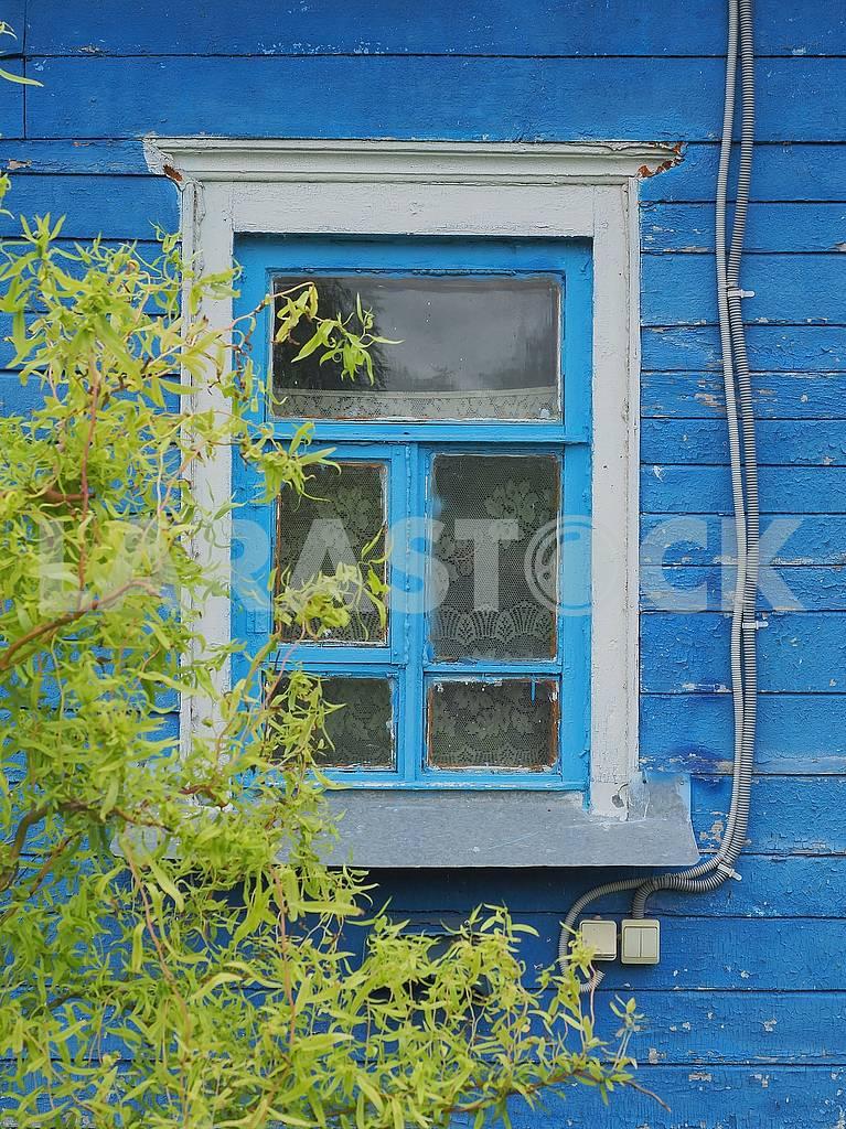 Окно деревянного дома — Изображение 74664