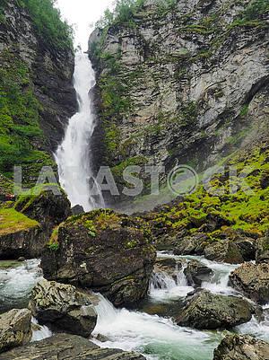 Водопад Сталхеймфоссен
