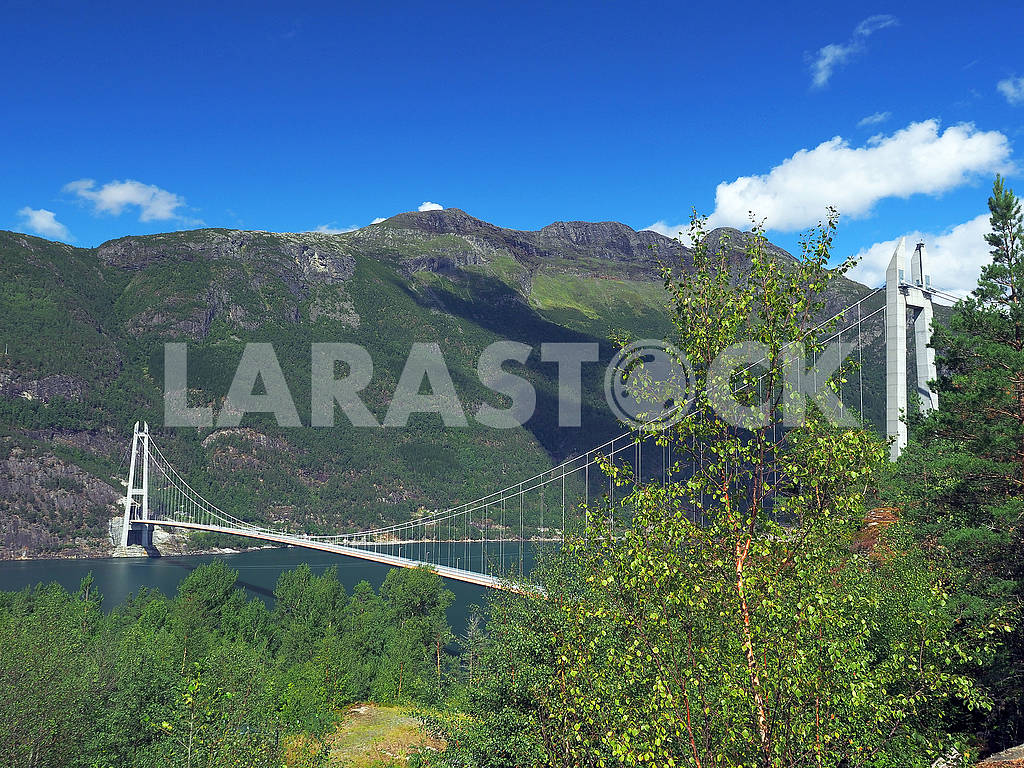 Bridge over the fjord — Image 74969