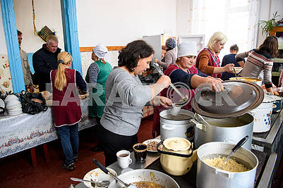 Kitchen at the point of stay of residents of evacuated villages
