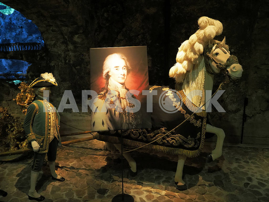Horse and painting in the National Museum of Sweden — Image 75000