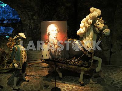 Лошадь и картина в Национальном музее Швеции