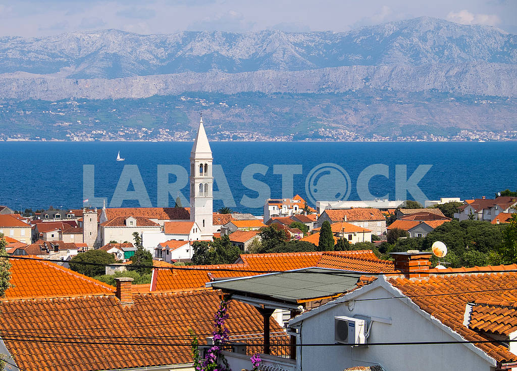 Вид на остров Брач и море — Изображение 75005