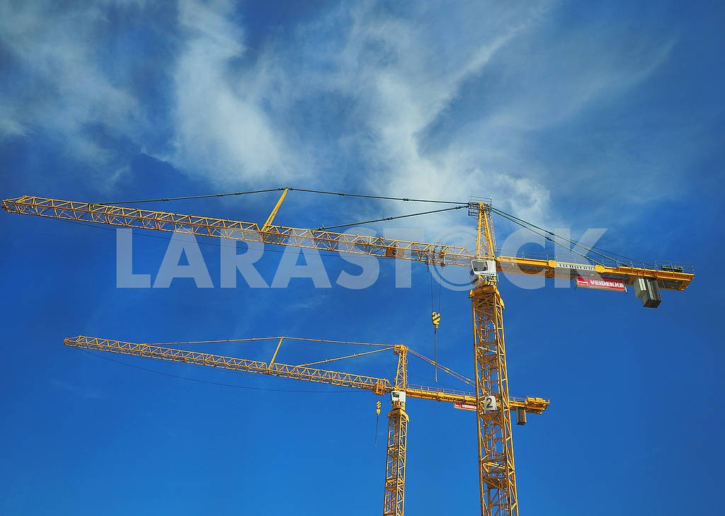 Construction cranes in Stockholm — Image 75007