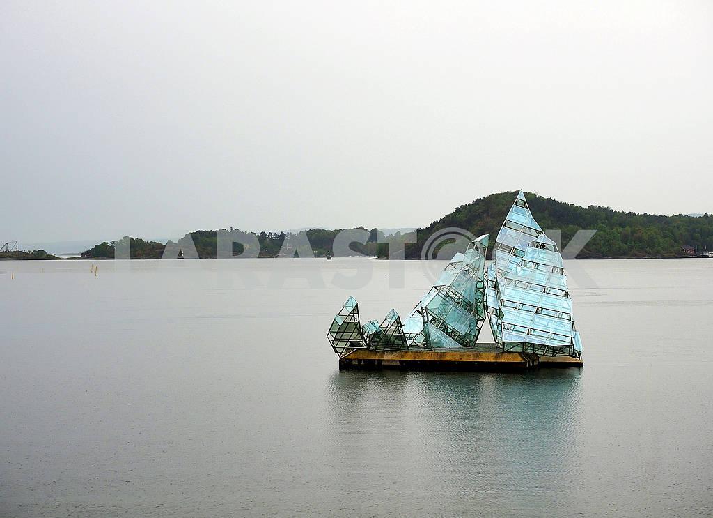 Инсталяция в виде яхты — Изображение 75315