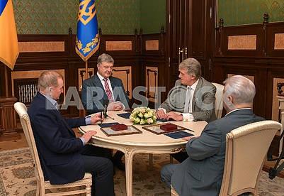 Leonid Kuchma, Petro Poroshenko, Viktor Yushchenko, Leonid Kravchuk
