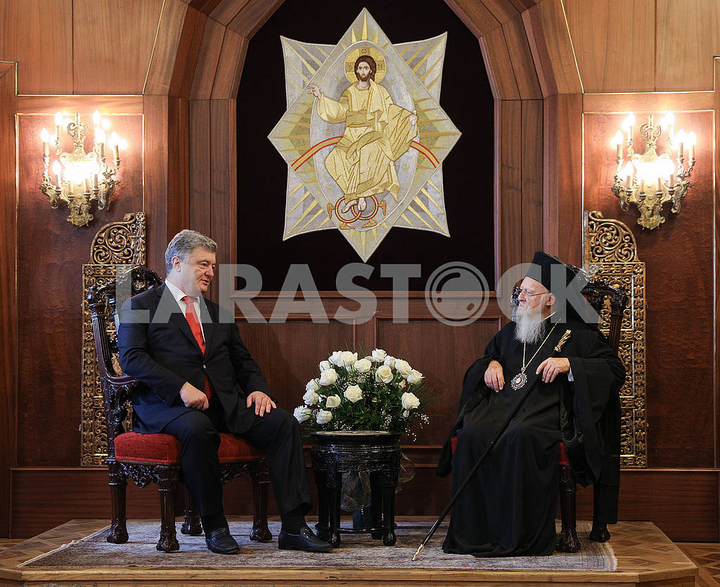Petro Poroshenko and Patriarch Bartholomew — Image 75747