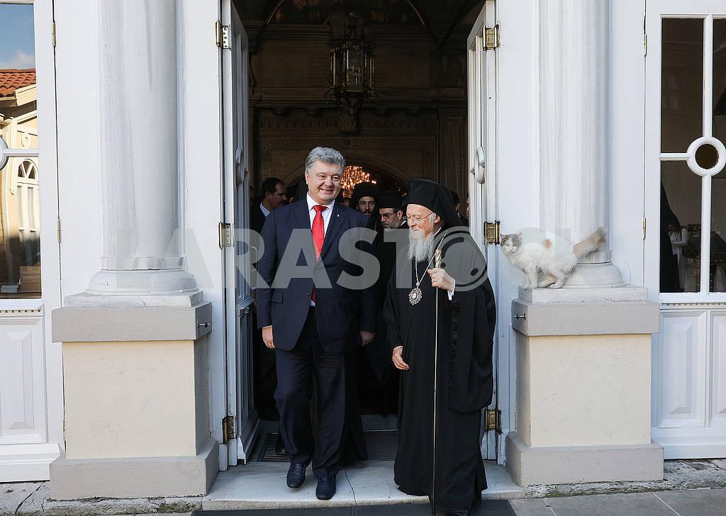 Petro Poroshenko and Patriarch Bartholomew — Image 75748