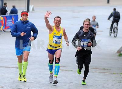 Half marathon participants