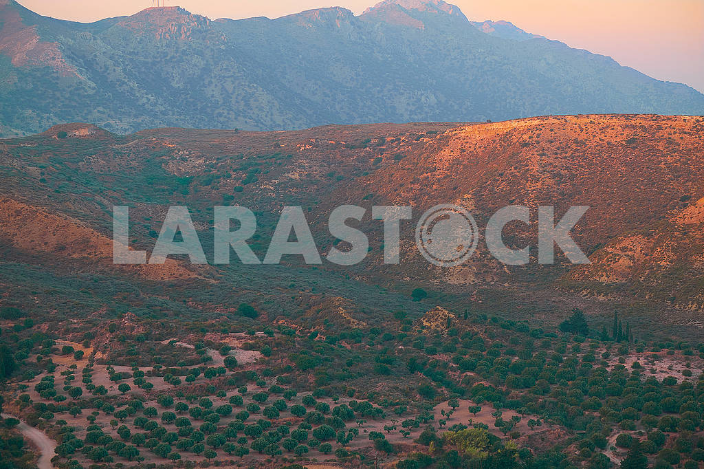 Beautiful sunrise on mountain — Image 75979