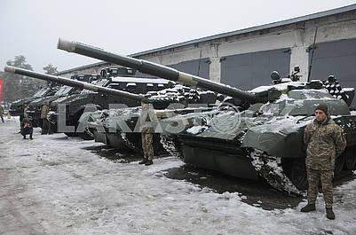 Танки на территории Киевского бронетанкового завода