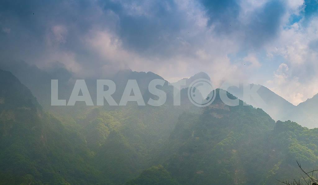 Foggy sunrise on top of mountain — Image 76219
