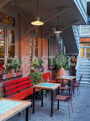 Уличное кафе в Тбилиси