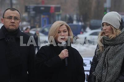 Василий Боднар, Ирина Геращенко и Эмине Джапарова