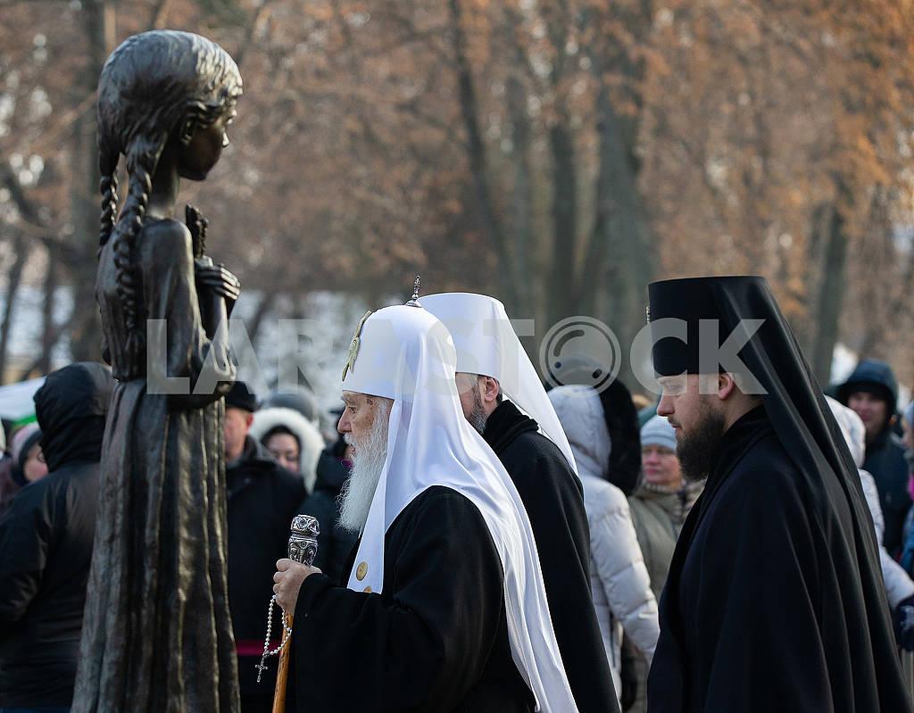 Филарет на церемонии чествования памяти жертв голодоморов — Изображение 76679