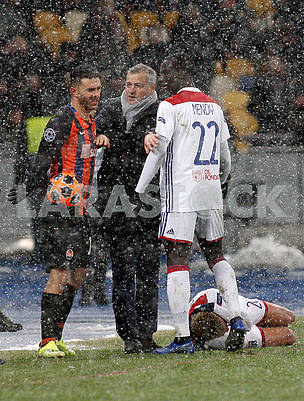 Lyon trainer Bruno Genizio