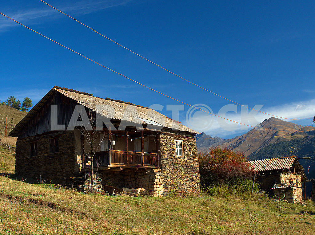 Houses in Lower Omalo — Image 77318
