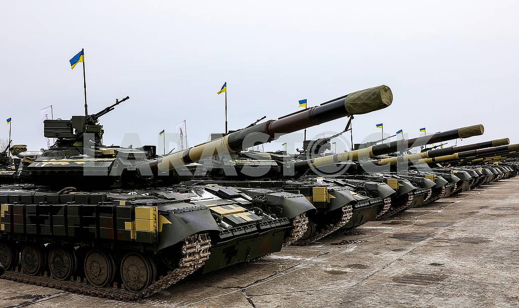 Tanks — Image 77467