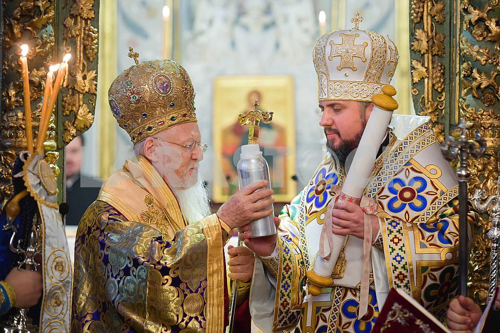 Patriarch Bartholomew and Metropolitan Epiphanius — Image 77827