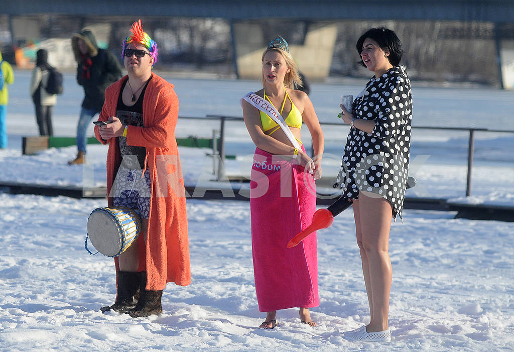 Participants in the celebration of Epiphany — Image 78125