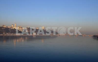 Река Днепр, вид с моста Патона