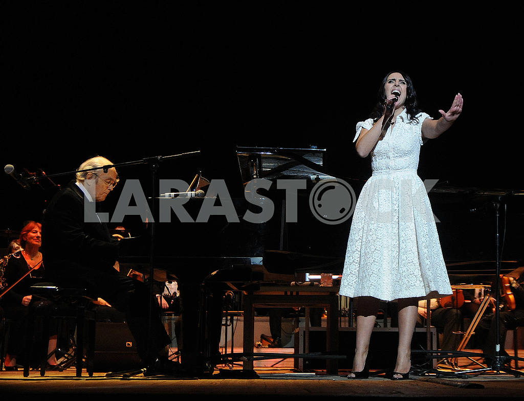 Michel Legrand and Jamala — Image 78213