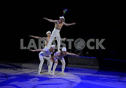 Acrobats in the circus arena