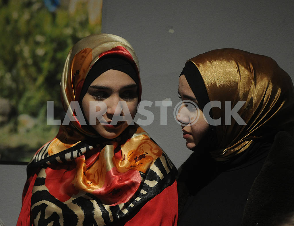 "Guests at the show of the Crimean Tatar clothing brand ""Qara biber"" — Image 78447"