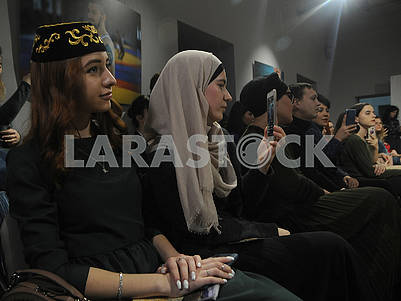 "Guests at the show of the Crimean Tatar clothing brand ""Qara biber"""