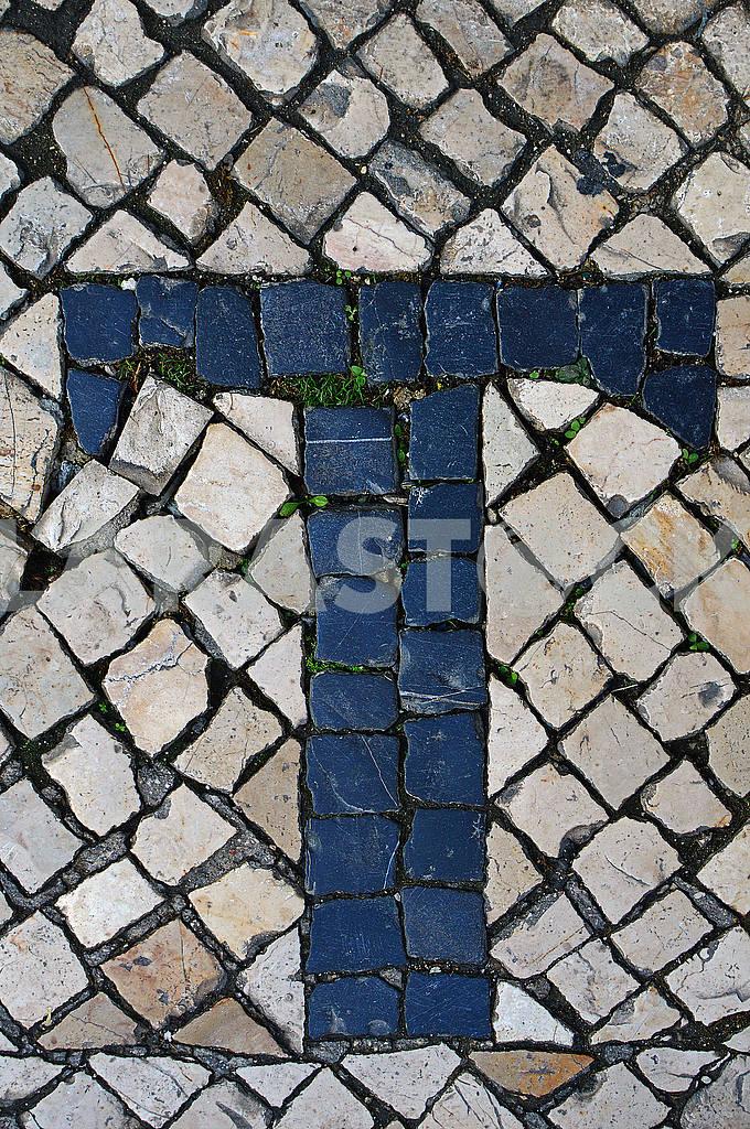 Португальська бруківка калсада у вигляді букви Т. Лісабон — Изображение 78618