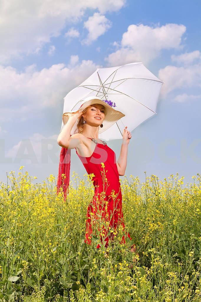 Woman under umbrella — Image 8208