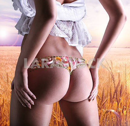 Buttocks decorated with flowers