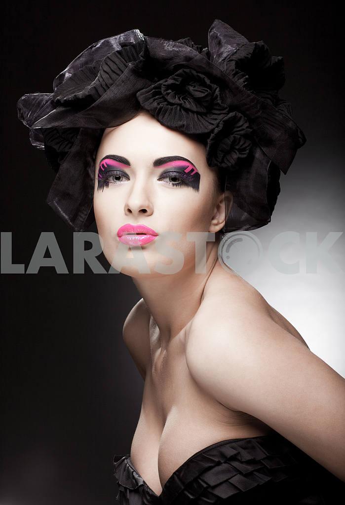 Крупным планом портрет красивой молодой женщины. Мода Арт-фото — Изображение 9776