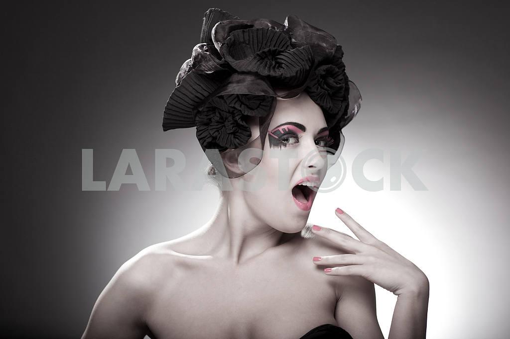 Крупным планом портрет красивой молодой женщины. Мода Арт-фото — Изображение 9838
