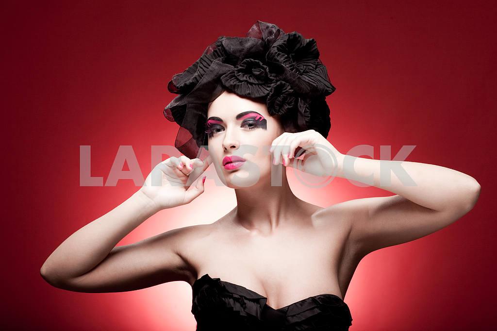 Крупным планом портрет красивой молодой женщины. Мода Арт-фото — Изображение 9865